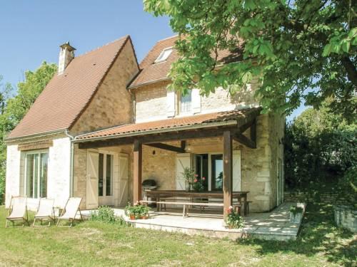 Holiday Home Les Farges 09 : Guest accommodation near Auriac-du-Périgord