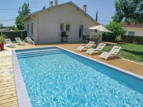 Three-Bedroom Holiday Home in Eymet : Guest accommodation near Auriac-sur-Dropt