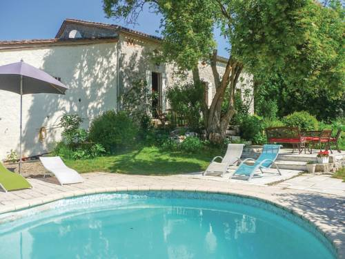 Holiday Home St Jean De Duras : Guest accommodation near Auriac-sur-Dropt