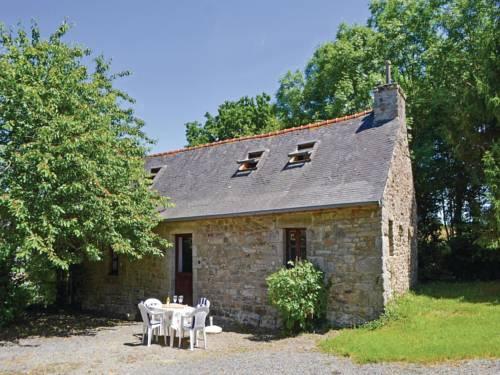 Holiday home Rue de l'Argoat N-672 : Guest accommodation near Botsorhel
