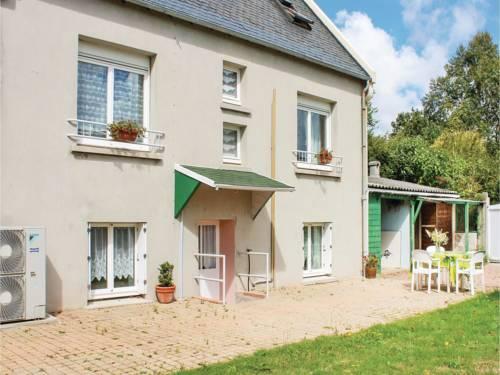 Apartment Rue Jacques Anquetil : Apartment near Saint-Renan