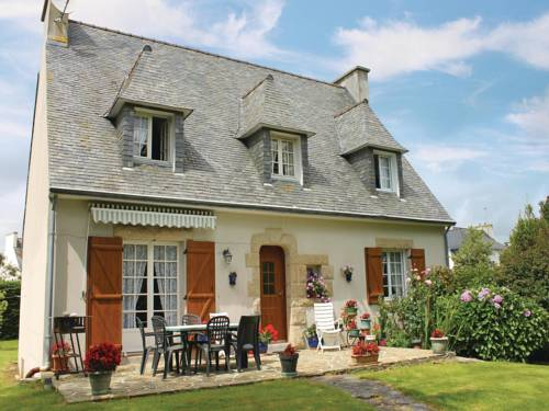 Holiday home Rue Pierre Brossolette : Guest accommodation near Plonéour-Lanvern
