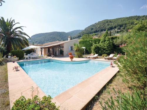 Three-Bedroom Holiday Home in Tourrettes sur Loup : Guest accommodation near Tourrettes-sur-Loup