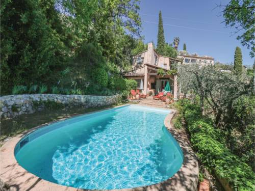 Three-Bedroom Holiday Home in Cabris : Guest accommodation near Peymeinade