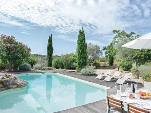 Holiday home Gabian 95 with Outdoor Swimmingpool : Guest accommodation near Fos