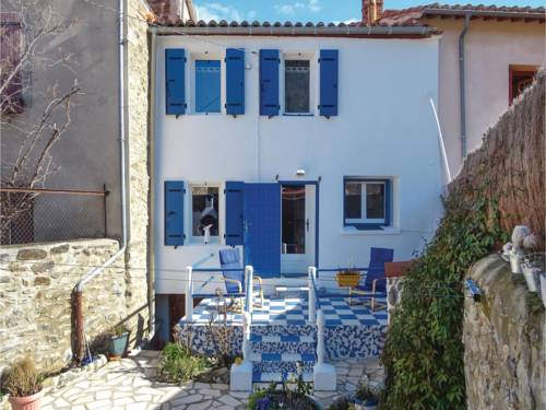 Three-Bedroom Holiday Home in Taurinya : Guest accommodation near Rodès