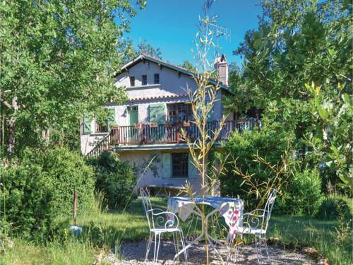Two-Bedroom Holiday Home in Saujac : Guest accommodation near La Capelle-Balaguier