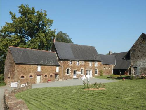 Holiday home Argouges 43 with Game Room : Guest accommodation near Montanel
