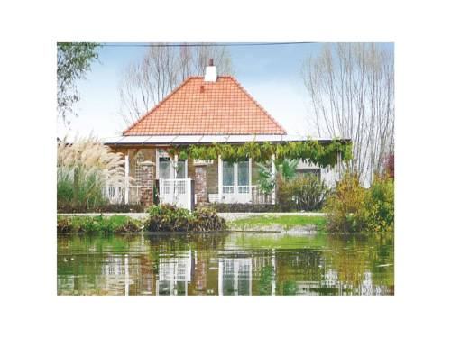 Holiday Home Houlle Chemin Du Halage : Guest accommodation near Houlle