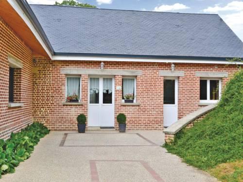 Les Renoncules des Champs : Guest accommodation near Combles