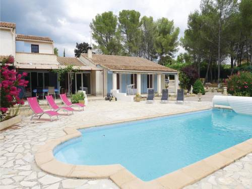 Holiday home St. Cannat GH-995 : Guest accommodation near Saint-Cannat