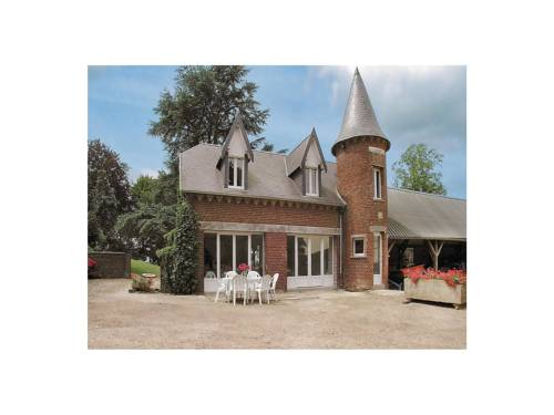 Holiday Home La Tour : Guest accommodation near Vendelles