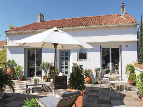 Holiday Home Montelimar III : Guest accommodation near Le Teil