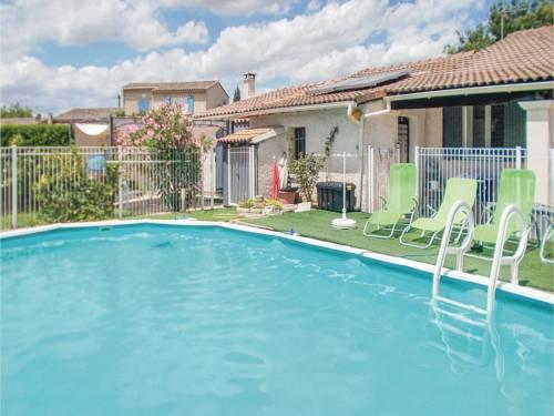 One-Bedroom Holiday Home in Aubignan : Guest accommodation near Aubignan
