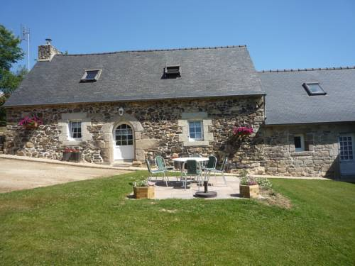 Les Bruyeres : Guest accommodation near Bolazec