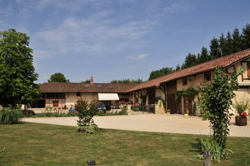 Domaine des Charmilles : Guest accommodation near Foissiat