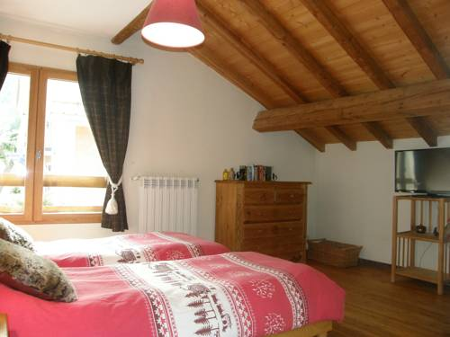 Les Marmottes : Bed and Breakfast near Saint-Chaffrey