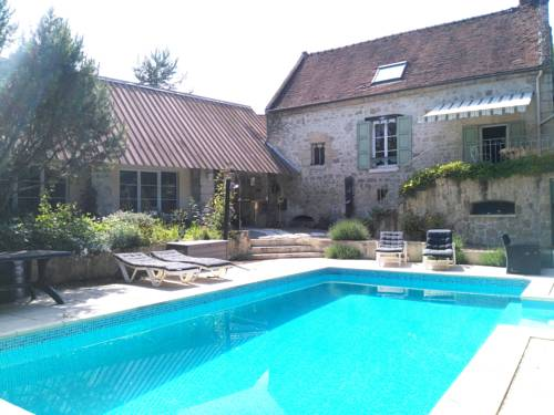 Relais de Poste des Templiers : Guest accommodation near Lhuys