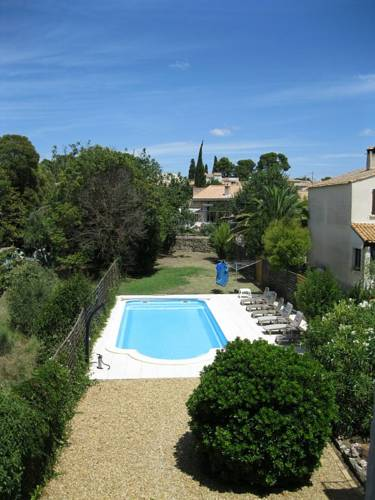 villa in languedoc : Guest accommodation near Abeilhan