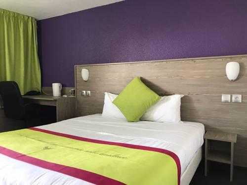 Kyriad Cambrai : Hotel near Aubencheul-au-Bac