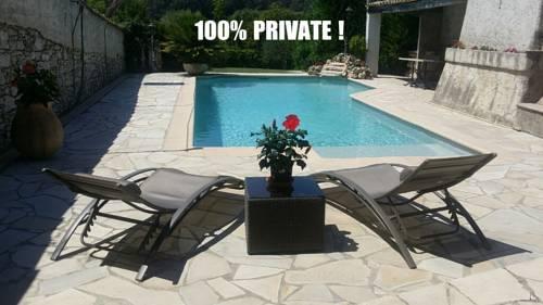 Villa Emeraude : Guest accommodation near La Colle-sur-Loup