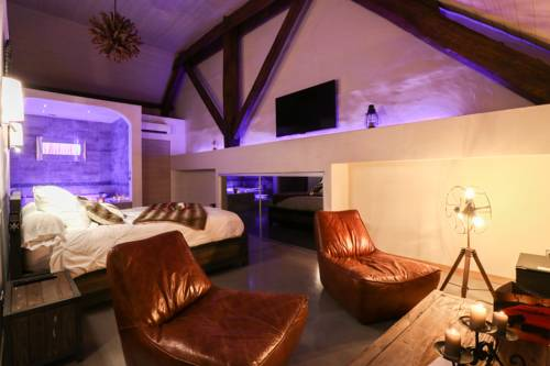 Abri Cosy : Bed and Breakfast near Saint-Gilles