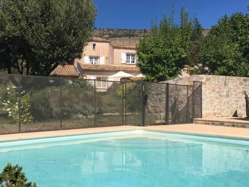 Villa provencale standing : Guest accommodation near Peillon