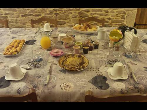 Tanchereau : Bed and Breakfast near Bignan