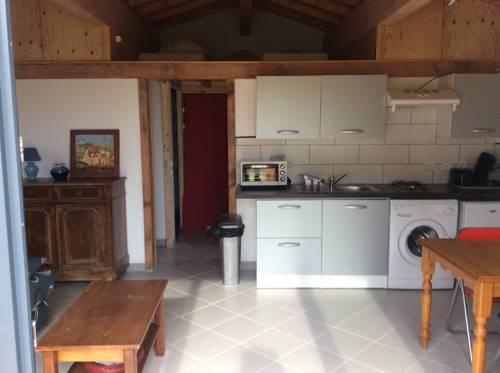 Terragîte : Guest accommodation near Saint-Apollinaire-de-Rias