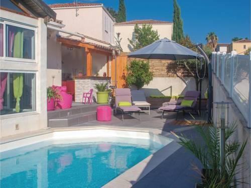 Five-Bedroom Holiday Home in Saint-Jean-de-Vedas : Guest accommodation near Saint-Jean-de-Védas