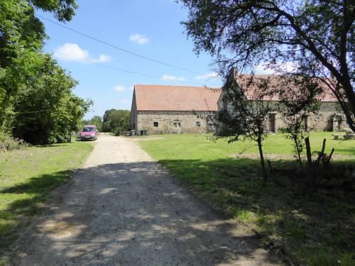 Domaine Le Bois de l'Espaud : Guest accommodation near Chavenon