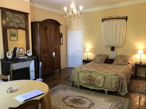 Le Clos de La Muse : Bed and Breakfast near Saint-Junien