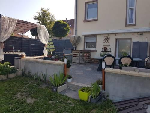 B&B Villa La Lorraine : Bed and Breakfast near Hilsprich