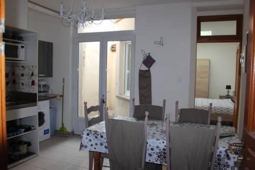 Residence St Sepulcre : Apartment near Clairmarais