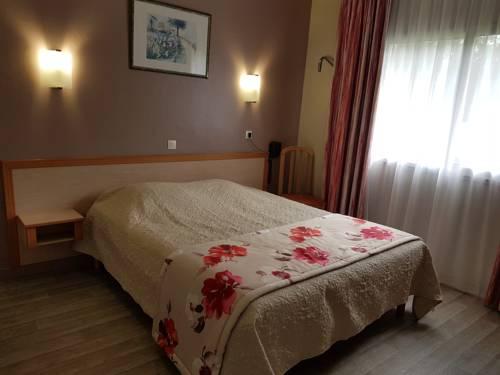 Motel 25 : Hotel near Crochte