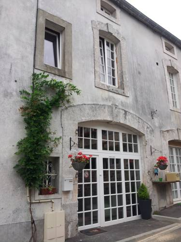 La Belle Maison : Guest accommodation near Augignac