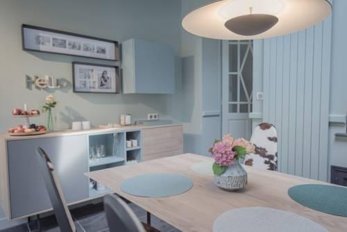 Bleu de toit : Guest accommodation near Montreuil
