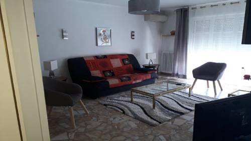 Le Tanagra : Apartment near Vallauris