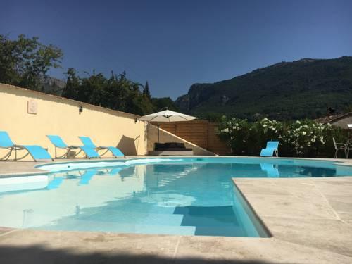 Villa Kogayon : Guest accommodation near Le Bar-sur-Loup