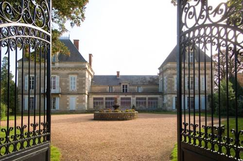 Château de Gerbe : Bed and Breakfast near Creuzier-le-Neuf