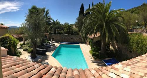 Villa Mas de Cocagne : Guest accommodation near Le Tignet