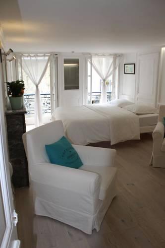 Appartement Le Petit Cloud : Apartment near Marnes-la-Coquette