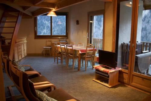 Les Cristallieres : Apartment near Vénosc