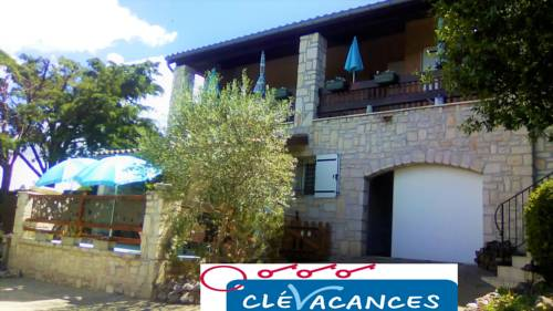 Les Lauriers Roses : Guest accommodation near Salavas