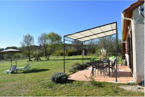 Holiday home Cavirande : Guest accommodation near Cabrerets