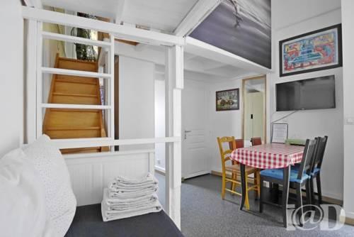 Les Chambres d'hôtes du Grand Paris : Bed and Breakfast near Ormesson-sur-Marne