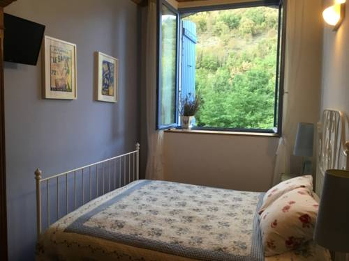 Le Massoir - Chambre d'hotes : Bed and Breakfast near Labatie-d'Andaure
