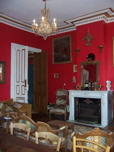 Chateau des Barres : Guest accommodation near Cuon