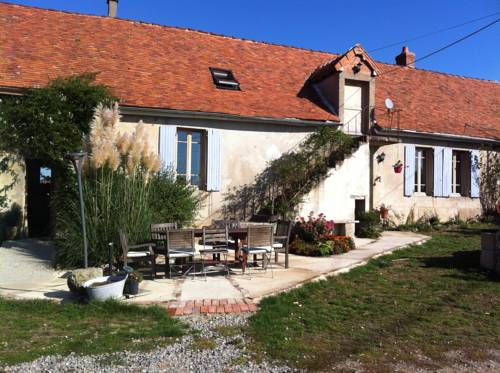 Le Petit Savriere B&B : Bed and Breakfast near Saint-Sornin