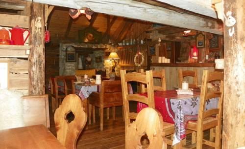 Gite Du Bois De L'ours : Guest accommodation near Orcières